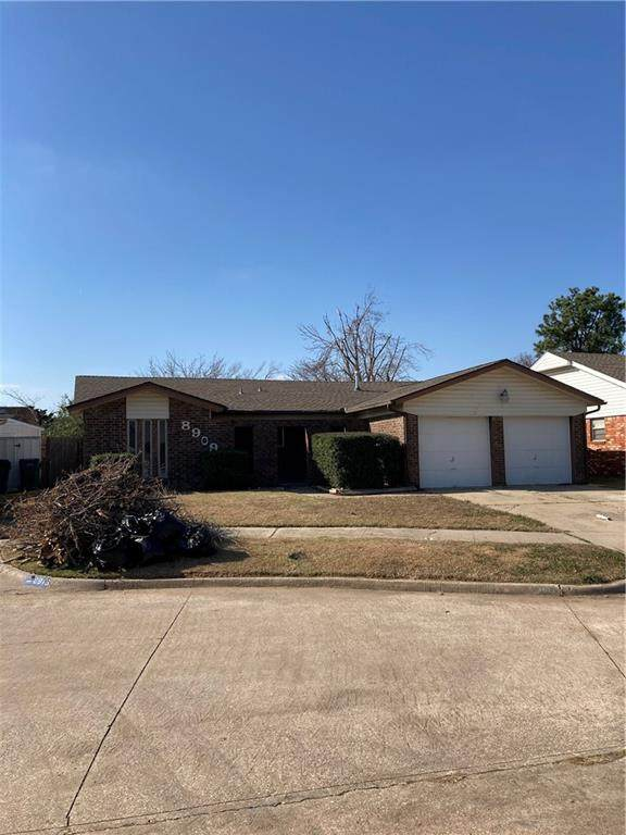 8909 S Indiana Avenue, Oklahoma City, OK 73159 (MLS #936686) :: The UB Home Team at Whittington Realty