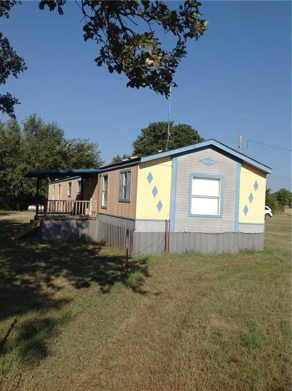3688 S Buckskin Street, Lone grove, OK 73443 (MLS #937845) :: The UB Home Team at Whittington Realty