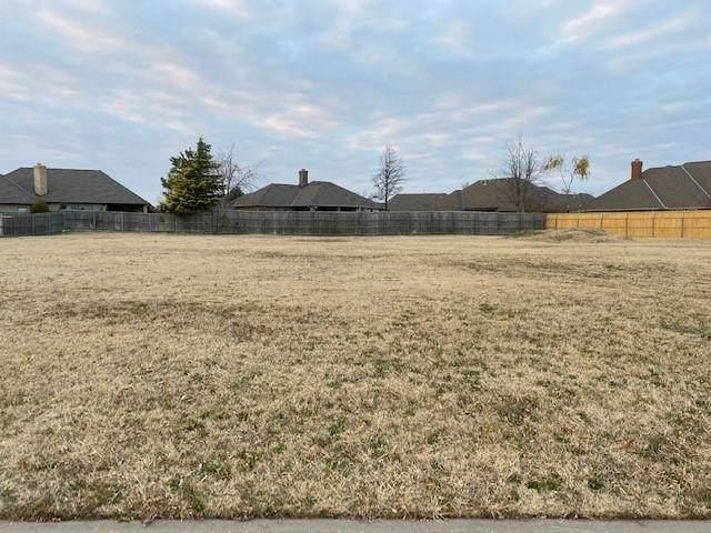 10725 Ann Arbor Avenue, Oklahoma City, OK 73162 (MLS #938414) :: Homestead & Co