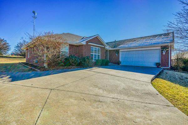2310 Tailwinds Drive, Purcell, OK 73080 (MLS #938701) :: ClearPoint Realty