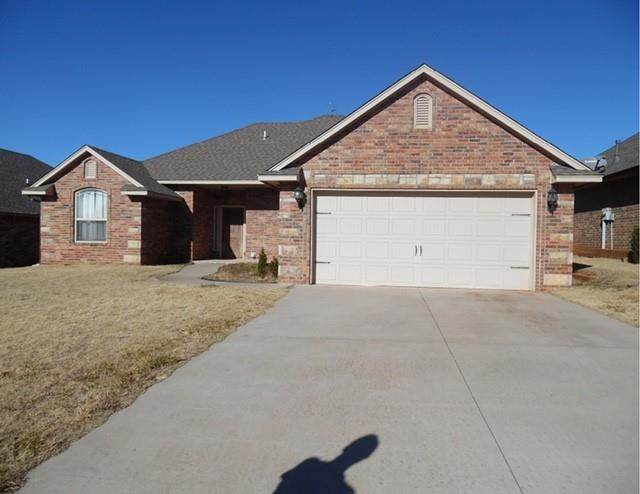 4709 Grand Avenue, Noble, OK 73068 (MLS #939008) :: Erhardt Group at Keller Williams Mulinix OKC