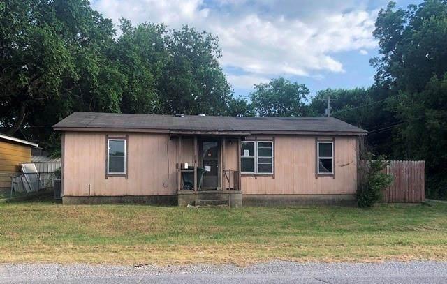 909 W Wynnewood Avenue, Sulphur, OK 73086 (MLS #939243) :: ClearPoint Realty