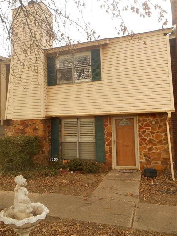 1205 Heritage Drive, El Reno, OK 73036 (MLS #939753) :: Homestead & Co