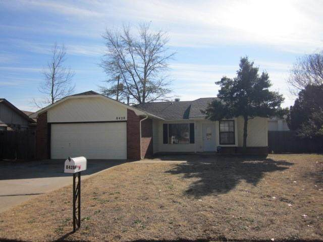 8428 NW 11th Street, Oklahoma City, OK 73127 (MLS #940082) :: The UB Home Team at Whittington Realty