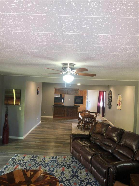 1429 NW 103rd Street, Oklahoma City, OK 73114 (MLS #940164) :: Homestead & Co