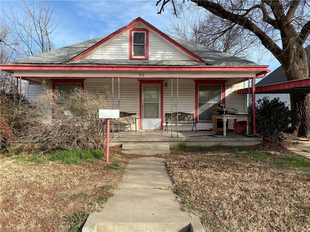 310 Oklahoma Avenue - Photo 1