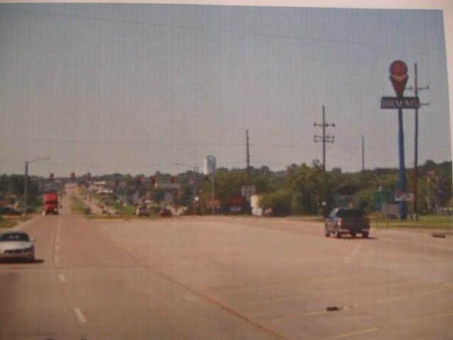 2708 Highway 99 Highway - Photo 1