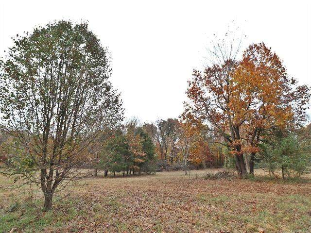 N Redbud Lane, West Siloam Springs, OK 74338 (MLS #948452) :: Maven Real Estate
