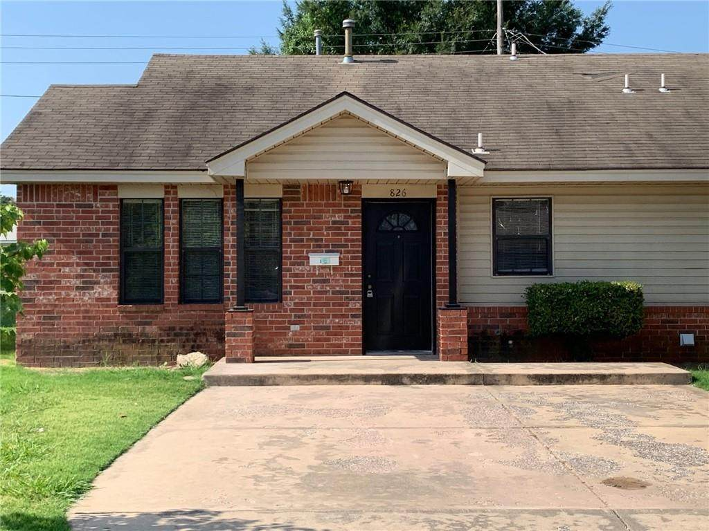 826 Russell Circle - Photo 1