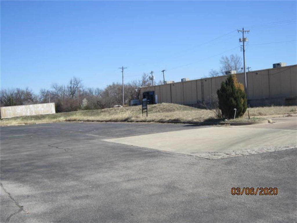 1250 Air Depot Boulevard - Photo 1