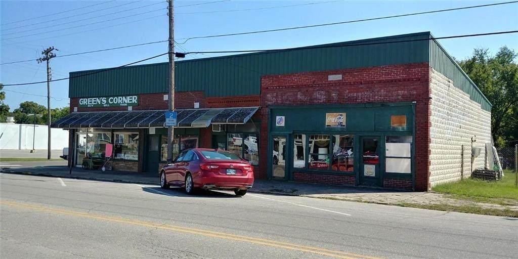 723 Main Street - Photo 1