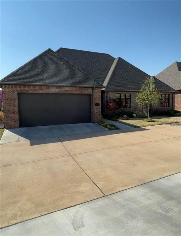 1045 Villas Creek Drive, Edmond, OK 73003 (MLS #951896) :: Erhardt Group at Keller Williams Mulinix OKC