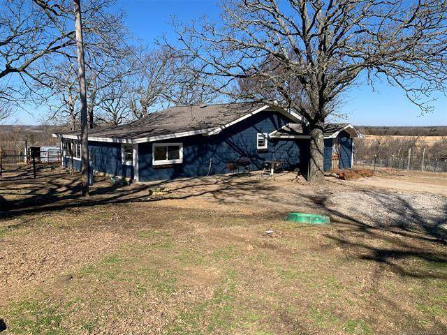 8351 E 133 Road, Holdenville, OK 74848 (MLS #952109) :: Homestead & Co