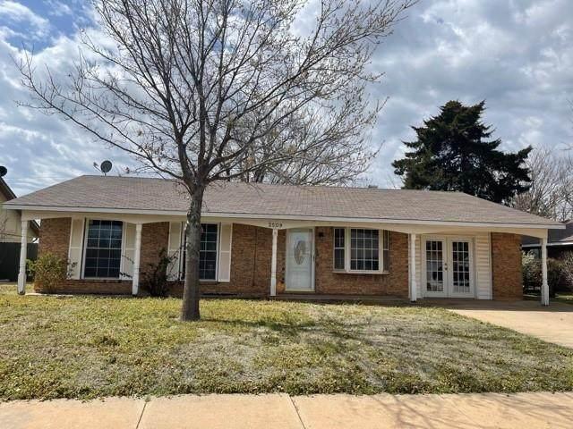 2509 Cherokee Strip Street, Altus, OK 73521 (MLS #952504) :: Maven Real Estate