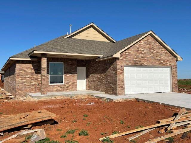 1216 Lavista Lane, Kingfisher, OK 73750 (MLS #952642) :: Homestead & Co
