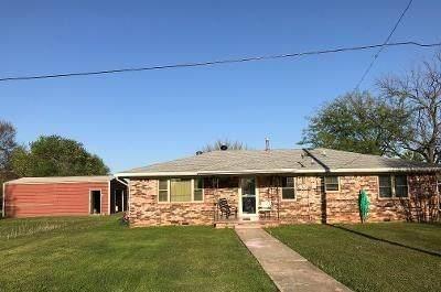 211 Rangeline Street, Tecumseh, OK 74873 (MLS #952769) :: Keller Williams Realty Elite