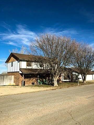 1020 W Fifth Street, Beaver, OK 73932 (MLS #952895) :: KG Realty