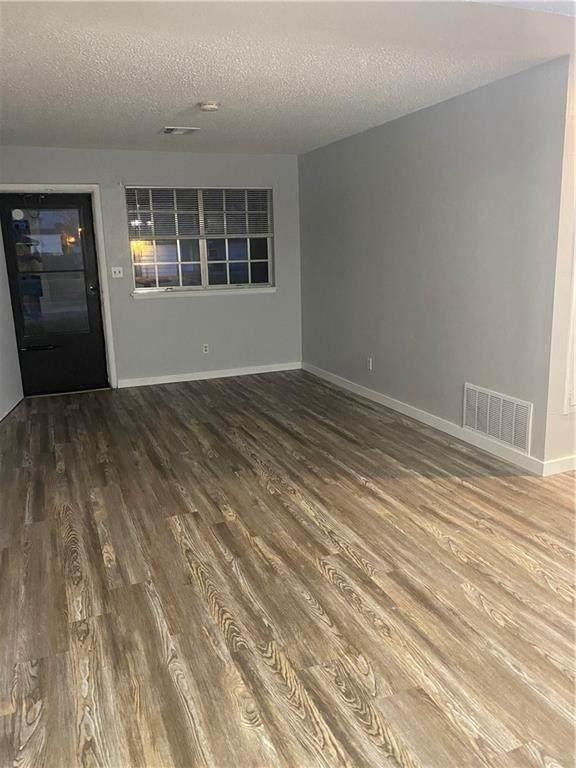 1101 N Norman Street, Moore, OK 73160 (MLS #952950) :: Maven Real Estate
