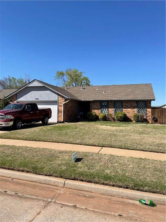 1725 SE 7th Street, Moore, OK 73160 (MLS #954618) :: Homestead & Co