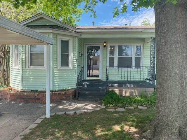 6919 NW 53rd Street, Bethany, OK 73008 (MLS #956812) :: The UB Home Team at Whittington Realty