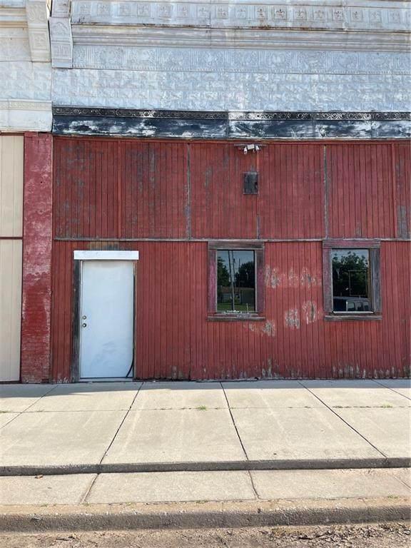 117 Broadway Street - Photo 1