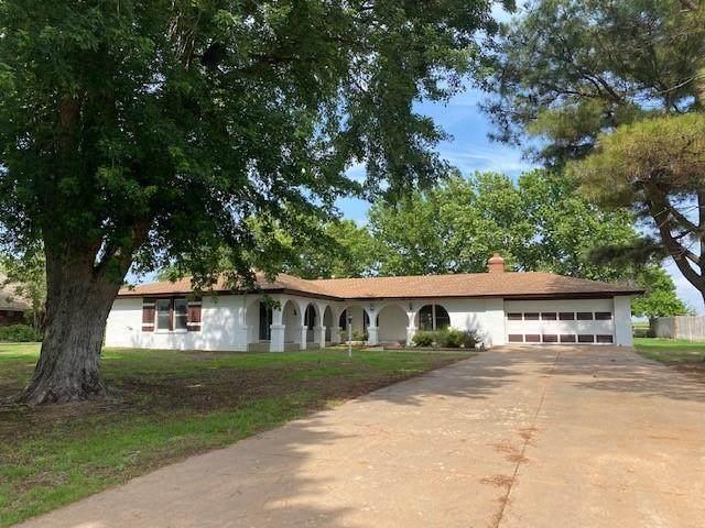 10068 N Deer Creek Road, Weatherford, OK 73096 (MLS #961196) :: The UB Home Team at Whittington Realty