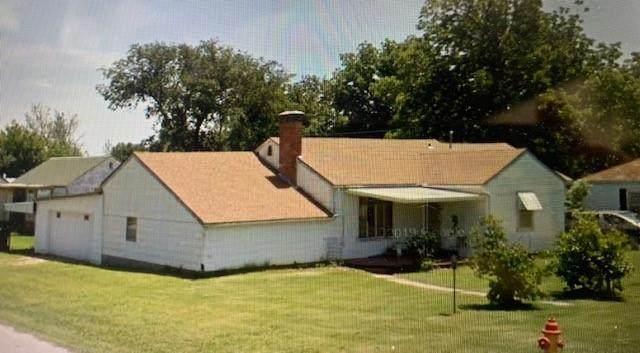 1122 Ivanhoe Street, Perry, OK 73077 (MLS #962042) :: Erhardt Group