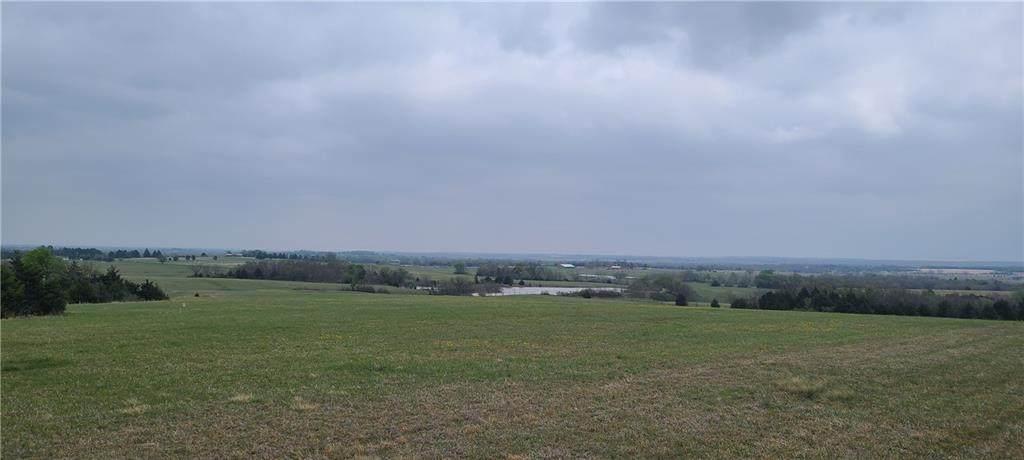 10 Crown View Drive - Photo 1
