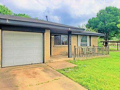 1136 Elmhurst Street, Moore, OK 73160 (MLS #967802) :: Meraki Real Estate