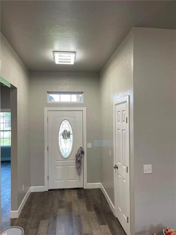 817 NW 109 Street, Oklahoma City, OK 73114 (MLS #968482) :: ClearPoint Realty