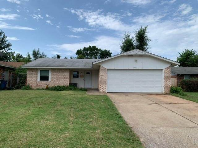 1028 Willow Brook Drive, Midwest City, OK 73110 (MLS #968595) :: Homestead & Co