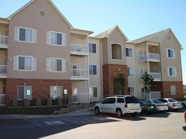 2200 Classen Boulevard #7123, Norman, OK 73071 (MLS #968619) :: ClearPoint Realty