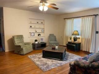 905 W Jackson Street, Hugo, OK 74743 (MLS #971113) :: Erhardt Group