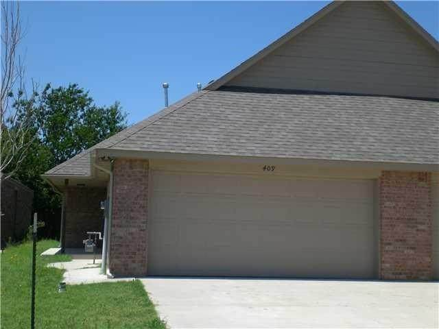409 Sterling Pointe Way - Photo 1