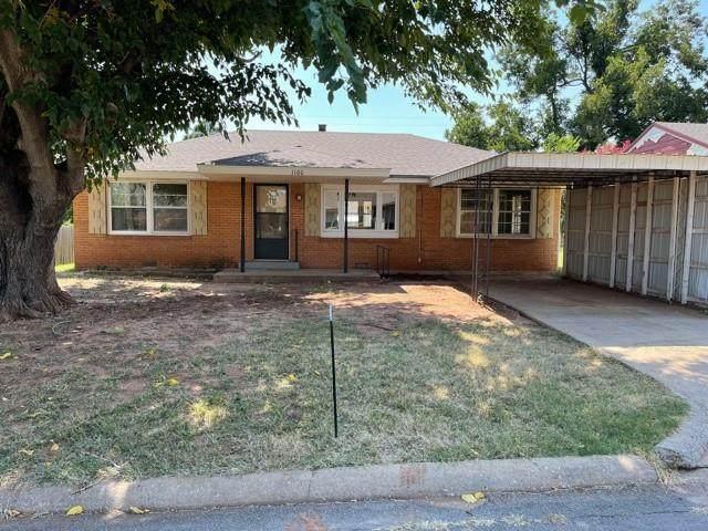 1100 Dell Drive, Clinton, OK 73601 (MLS #975623) :: Maven Real Estate