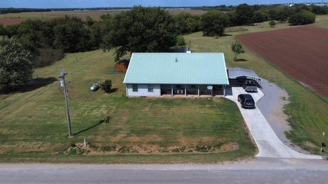12256 Scruggs Road, Wynnewood, OK 73098 (MLS #975889) :: Sold by Shanna- 525 Realty Group