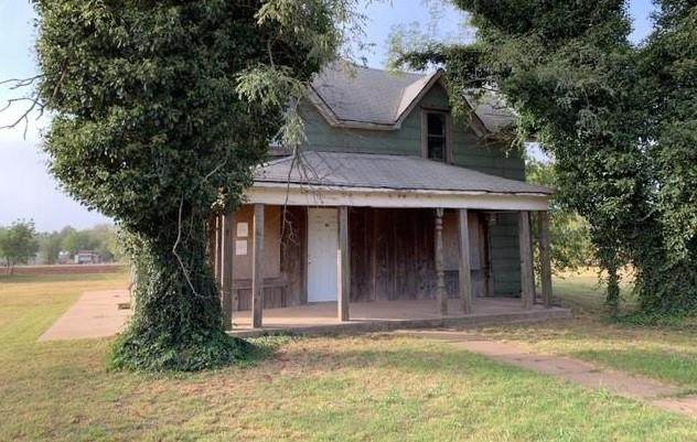 608 Eighth Street, Bessie, OK 73622 (MLS #980777) :: Homestead & Co