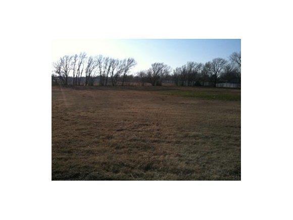 2001 E Main, Weatherford, OK 73096 (MLS #252783A) :: Wyatt Poindexter Group