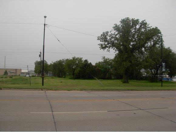 306 W. Main, Weatherford, OK 73096 (MLS #273271A) :: Wyatt Poindexter Group