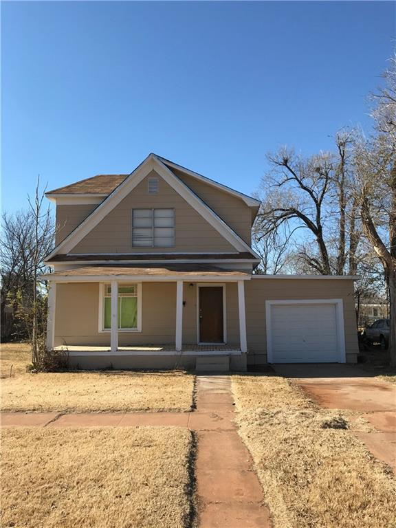 311 N Julian, Altus, OK 73521 (MLS #781669) :: Erhardt Group at Keller Williams Mulinix OKC