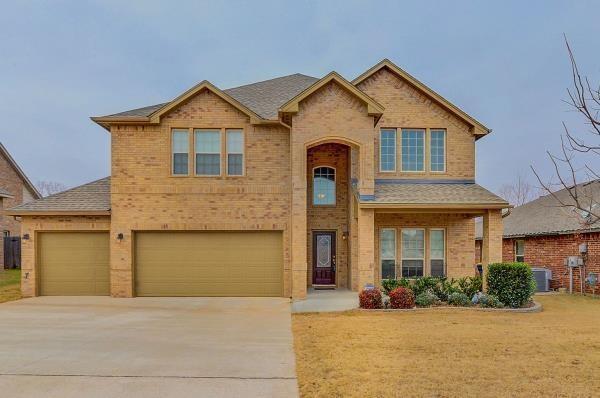 1183 Creekside Drive, Choctaw, OK 73020 (MLS #801337) :: Wyatt Poindexter Group