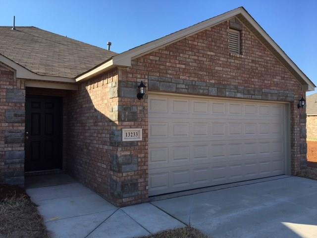 8805 SW 46th Street, Oklahoma City, OK 73179 (MLS #802847) :: Wyatt Poindexter Group