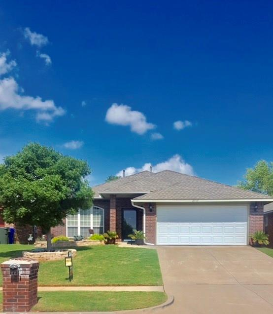 2717 Northern Hills, Norman, OK 73071 (MLS #815730) :: Wyatt Poindexter Group