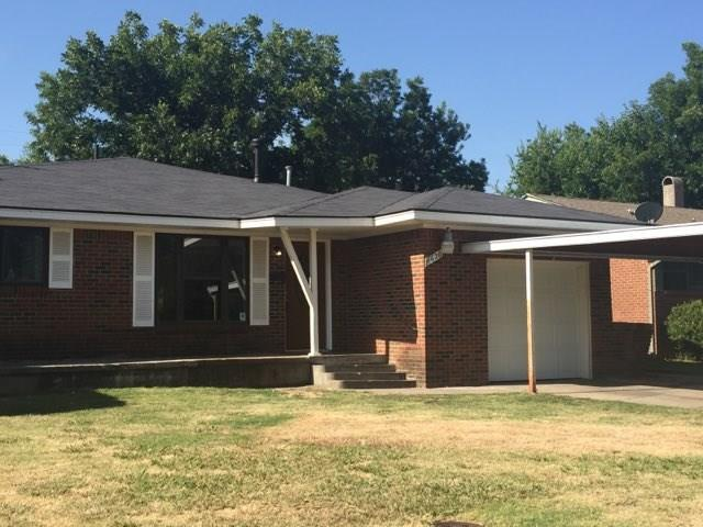 1620 SW 64th, Oklahoma City, OK 73159 (MLS #831465) :: Wyatt Poindexter Group