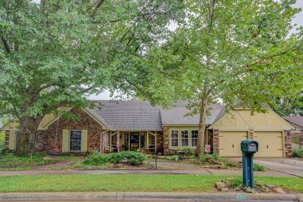 4320 Hunters Hill Road, Norman, OK 73072 (MLS #837137) :: Barry Hurley Real Estate