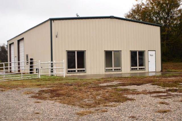 1333 W 1st Street, Wewoka, OK 74884 (MLS #841124) :: Homestead & Co