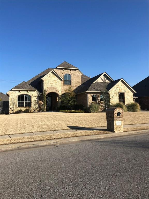 13712 Portofino Strada, Moore, OK 73170 (MLS #850152) :: Homestead & Co
