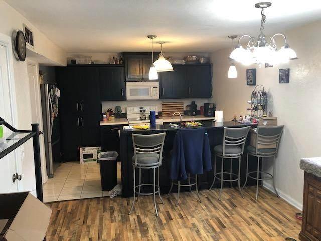 6072 NW Expressway Street, Oklahoma City, OK 73132 (MLS #898675) :: Keri Gray Homes