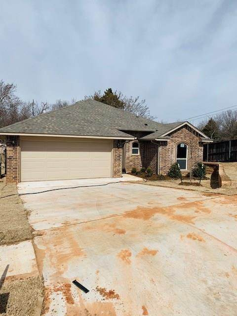 10909 Turtlewood Drive, Midwest City, OK 73130 (MLS #901279) :: Homestead & Co