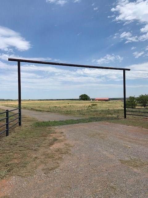9506 N 1820 Road, Cheyenne, OK 73628 (MLS #919517) :: Homestead & Co